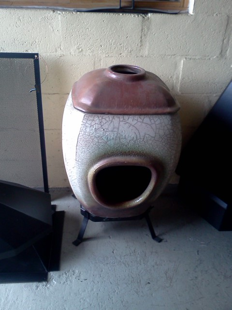 clay-fire-place-free-standing